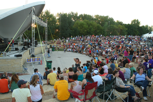 Outdoor Concerts at Riverfront Park
