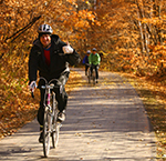 Fall colors while biking in Mankato
